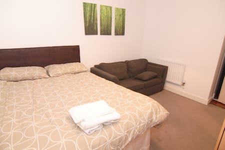 Beautiful double room in apartment