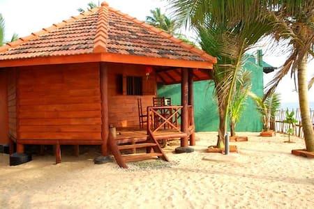 Sudu Surfing Cabana - Unawatuna - Bed & Breakfast