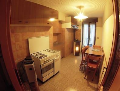 Confortevole appartamento centro  - Wohnung