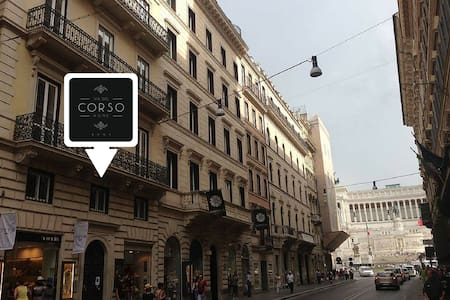 Via del Corso Home - Double Room - Bed & Breakfast