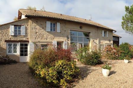 Keirmasi Gîtes Dordogne: Thika - Wohnung