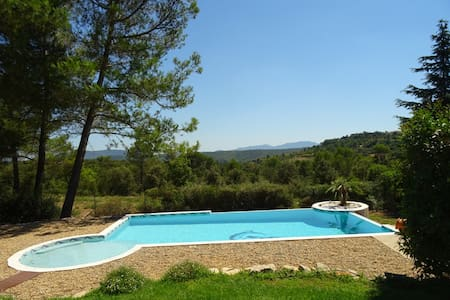 En Provence sous les pins - Seillons-Source-d'Argens - Casa