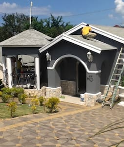 Peaceful pamper Jamaican experience - Rumah