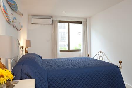 Large ensuite double room - Rio de Janeiro - Apartment