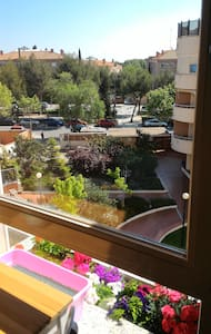 Room with private bathroom in Pozuelo - Apartment