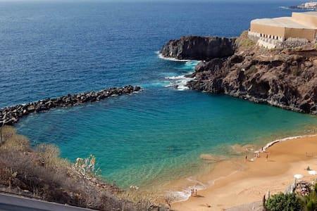 Los mejores 20 apartamentos casas y alquileres vacacionales de playa san juan en airbnb playa - Apartamentos en playa san juan tenerife ...