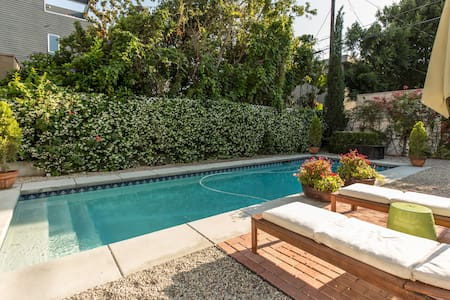 Sunny Guest House w/ pool - West Hollywood - House