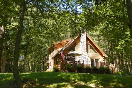 Lovely Log Cabin in Mid-Coast Maine - Kisház
