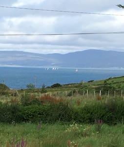 Croagh Patrick Hideout westport - Lecanvey  - Talo