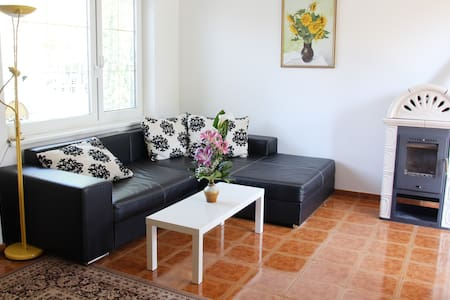 DeLuxe Holiday Cottage - Ohrady - Maison