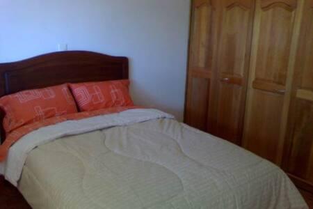 Bonito bungalow 2, zona residencial - Lägenhet