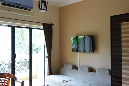 1 BH Comfy Apartment @ Sernabatim - Navelim - Apartment