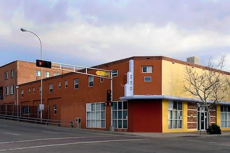 Historic Apartment in Arts Building - Albuquerque - Apartment