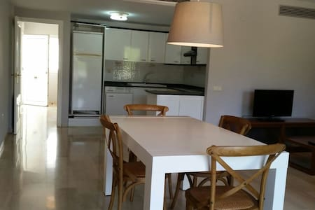 Valencia Golf & Holiday apartments - Pis