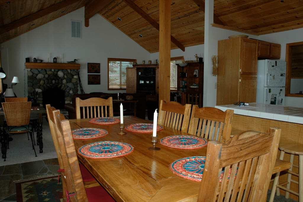 Open, sunny dinning and living room