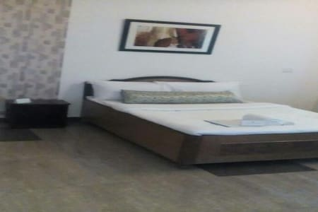 Luxurious Private Room in Nainital