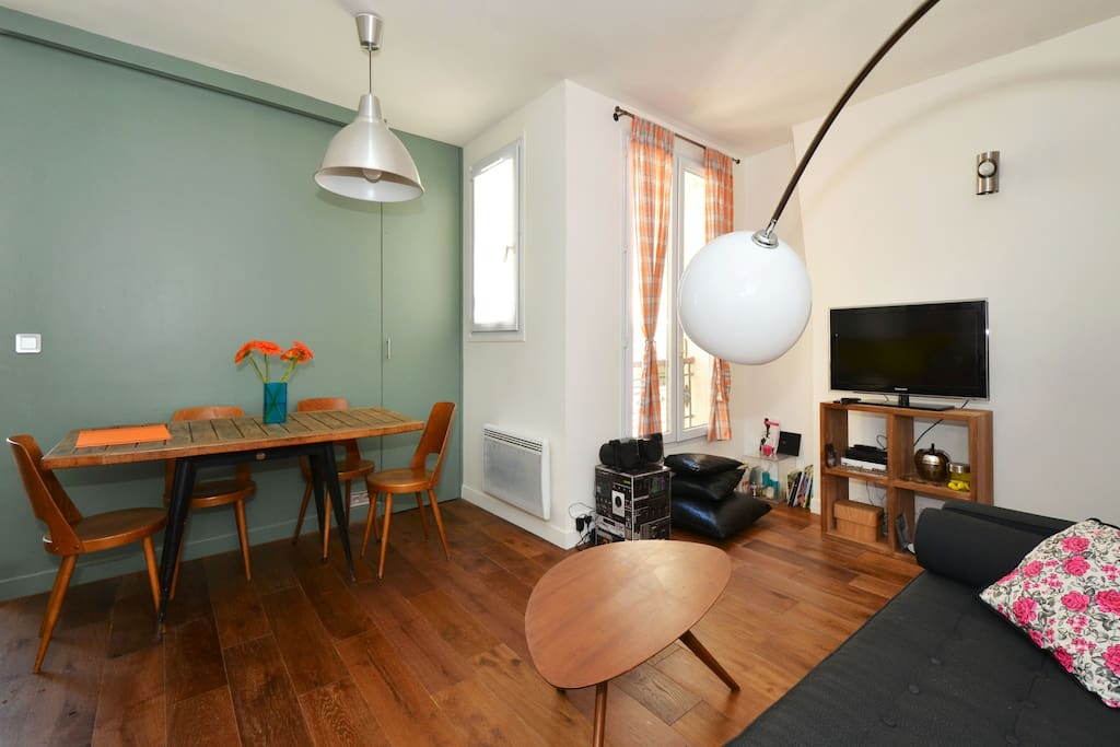 fresh and trendy flat in Paris 18 !
