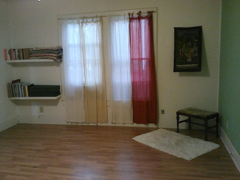 Another view of great room -- it's a place you can put a blow up bed for another bedroom!