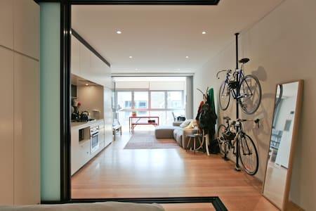 Great 1 bed/studio in Darlinghurst - Apartment