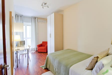 Single Room | Rooms Rent Vesuvio - Bed & Breakfast