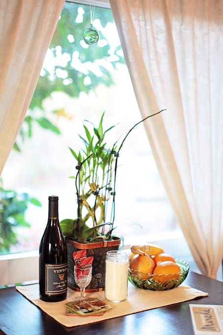 Fresh fruit, wine and a candle for you ...