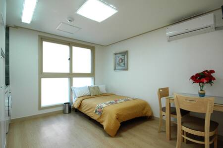 Fully Furnished studio in Nonhyeon