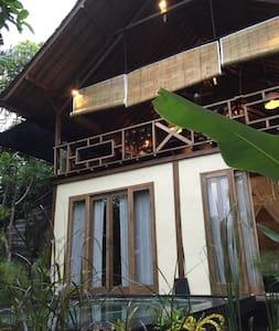 Cool Mountain Home- Madu Puri Villa