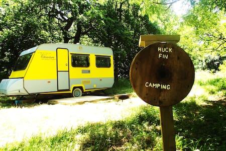 Huck Finn, Riverside Caravan Hotel - Nymet Rowland - Chalet