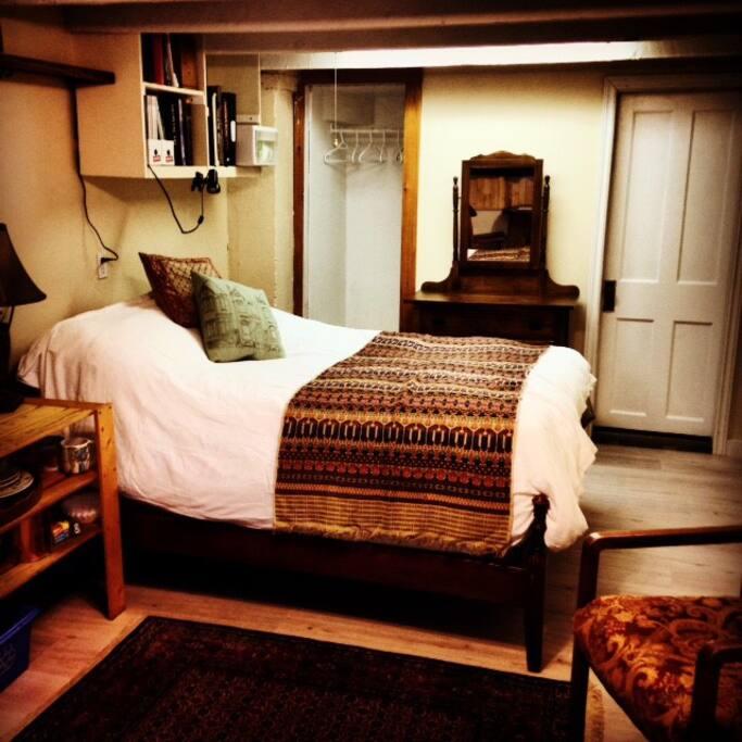 Antique double bed, dresser, closet and private bath