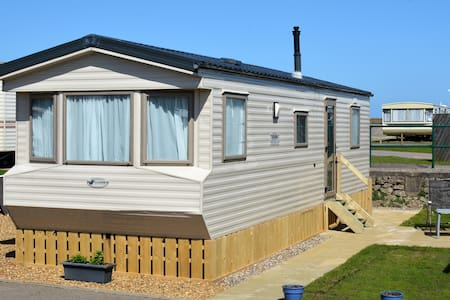 Seafront, Dog Friendly Caravan - Lowestoft - Hus