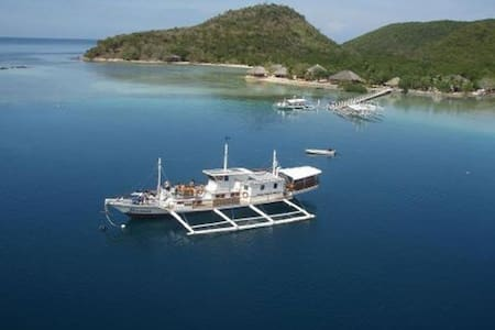 A Comfy Seaview Bungalow few steps to the sea!!! - Busuanga