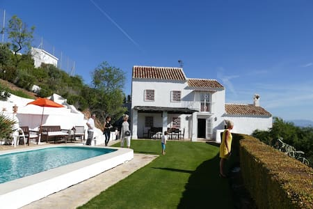 Charming Spanish Finca in beautiful nature - Monda - Haus