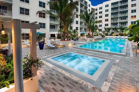 New Luxurious Apartment / Blissful Beach Life - Lakás