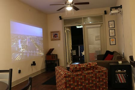 The Gallery Apartment - Lubbock