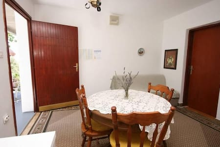 One bedroom apartment with terrace and sea view Podaca, Makarska (A-6798-a) - Huoneisto
