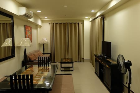 C218 Sea Breeze Veranda 1 BR Anvaya - Morong