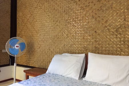 Villa Evergreen. Port Barton. Room 5 - San Vicente - Rumah Tamu