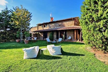 Splendida casa vacanza in Val D'Orcia - Pienza