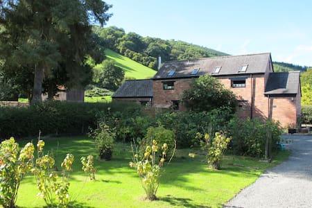 Apple House Cottage - Llyswen