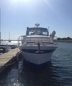 M/V Snow Bird - Winthrop - Boat