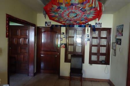 Hotel Villa Linda - familia Ixen Cocon - House