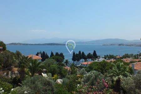 Urla 3 oda müstakil bahçeli,deniz manzaralı - Apartment
