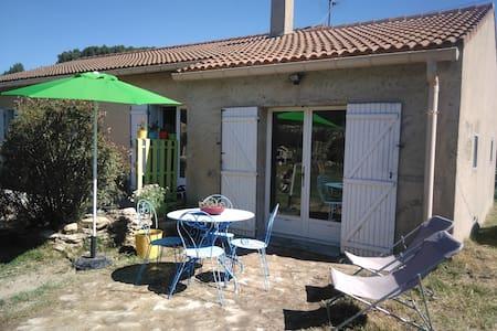 Studio entre Ventoux et Luberon - Dům