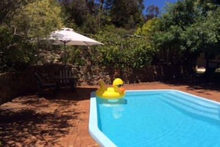 Perth Hills - Own Private Suite - Darlington
