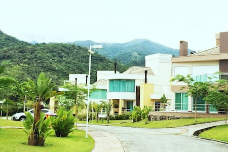 Casa em Resort na serra de Floripa - Santo Amaro, Florianópolis  - Casa