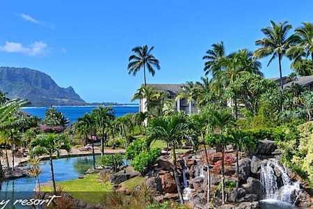 """HANALEI GETAWAY"" SPECTACULAR VIEWS SET IN LUXURY - Princeville - Condominio"