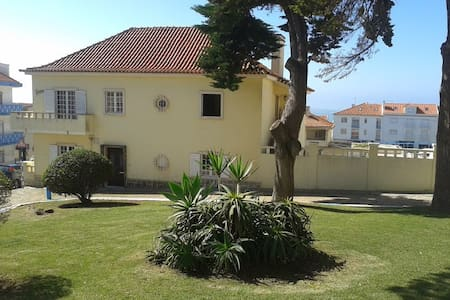 Laura House-Double Room(II) - Ericeira - House