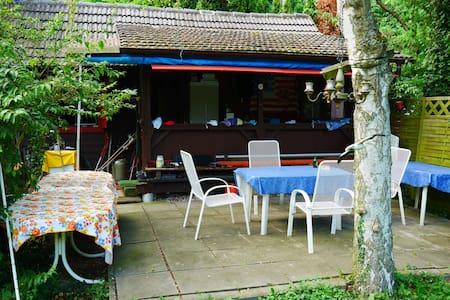 Wochenendhütte Für Naturliebhaber, nahe Badesee - Ev