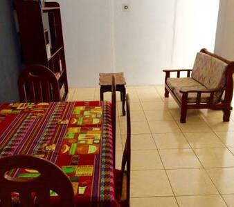 La Grupa Hostel - Dům pro hosty