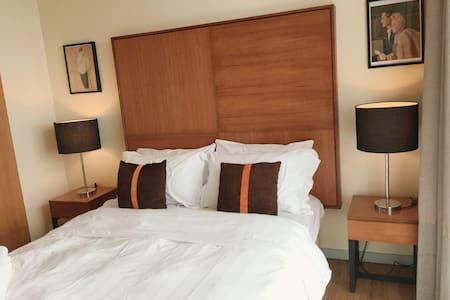 2-bedroom condo near KLCC - Condominium